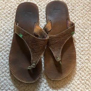 Sanuk leather sandals